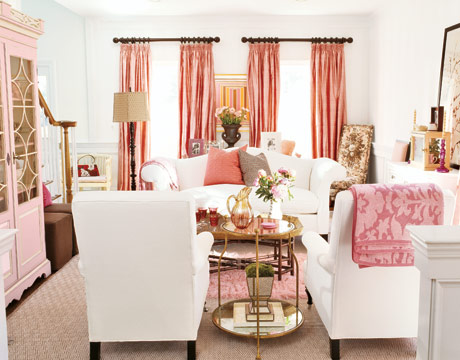http://sarahbarksdaledesign.files.wordpress.com/2012/02/living-room-pink-gtl0905-de.jpg